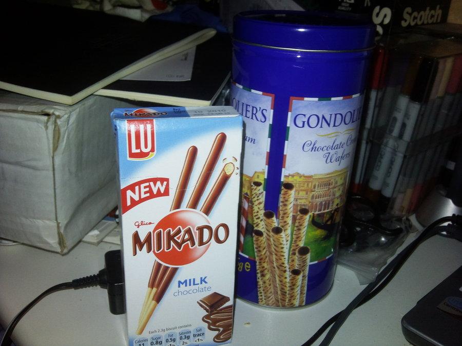 tubing, milk, chocolate, snack, glass