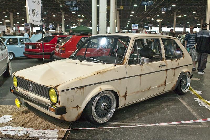 parking lot old rusty car fav images amazing pictures. Black Bedroom Furniture Sets. Home Design Ideas