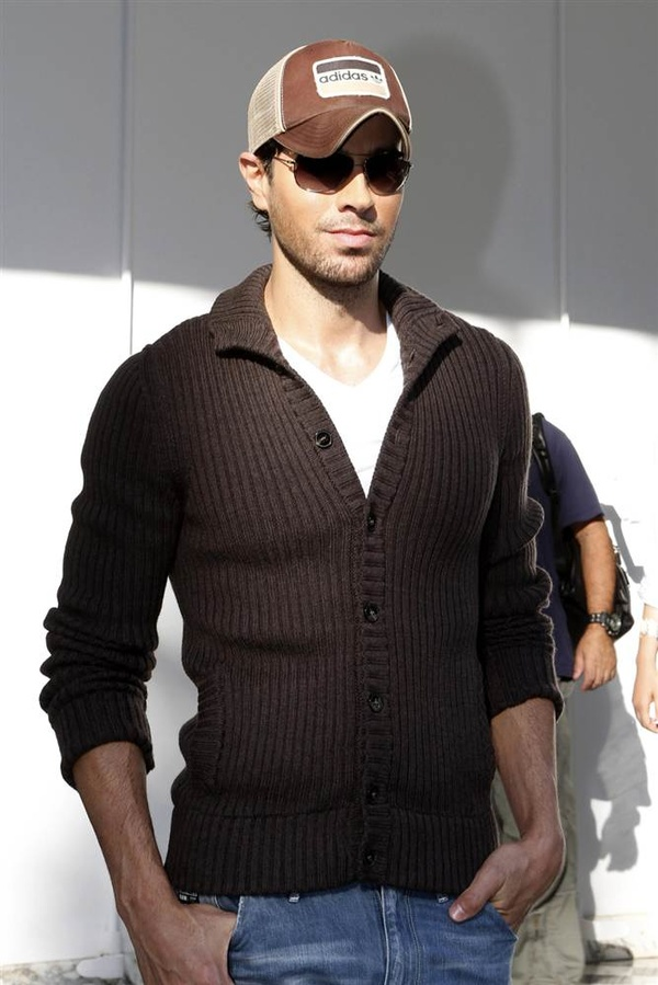 enrique iglesias celebrity singer musicians fashion style fav images amazing pictures. Black Bedroom Furniture Sets. Home Design Ideas