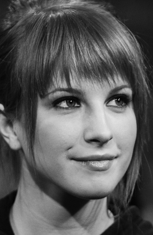 hayley williams, singer, celebrity, lady, face, black and white