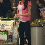 images of amy winehouse, celebrity, girl, shopping