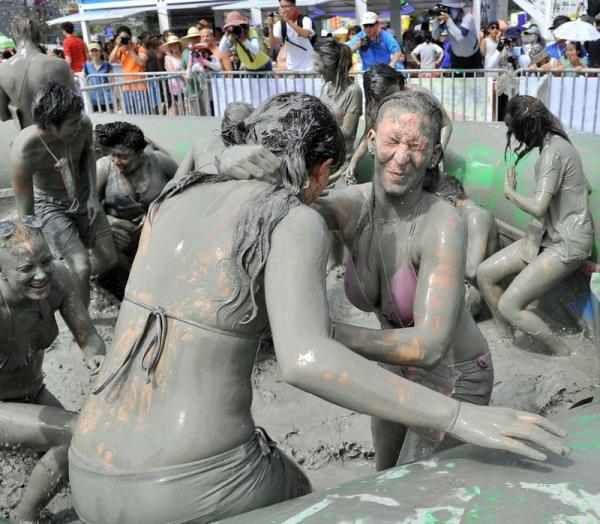 Boryeong Mud Festival, Fun, Funny, Mud, Wrestling, Women, Picture