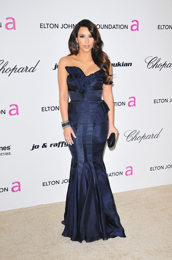 2013 Kim Kardashian, long blue dress | Fav Images ... Kim Kardashian 2013 October