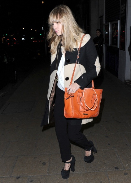 2013 Suki Waterhouse Outfit Street Style Fashion Fav Images Amazing Pictures