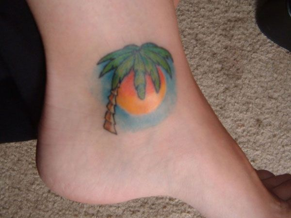 Pretty palm tree tattoos ankle foot fav images for Palm tree ankle tattoo