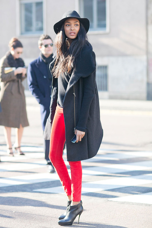 red leggings, booties, black jacket, fedora, street style, pics
