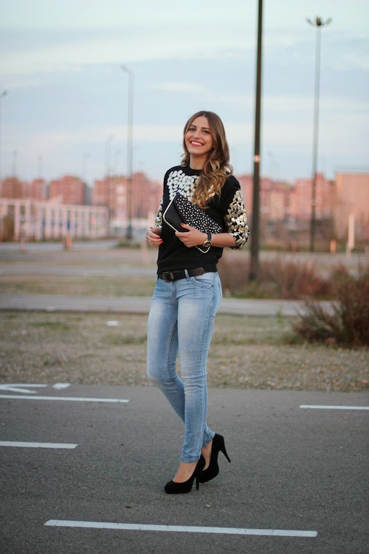 Cute lady, street style, clothes, outfit, denim, smile