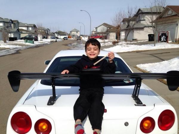 Funny pictures, ridiculous, kid, sport car