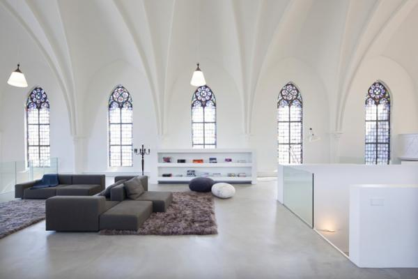 House with religious overtones, interior, design, photo