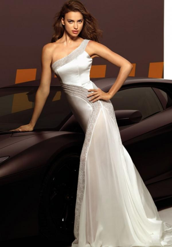 Model Irina Shayk, celebrity, gown, photoshoot