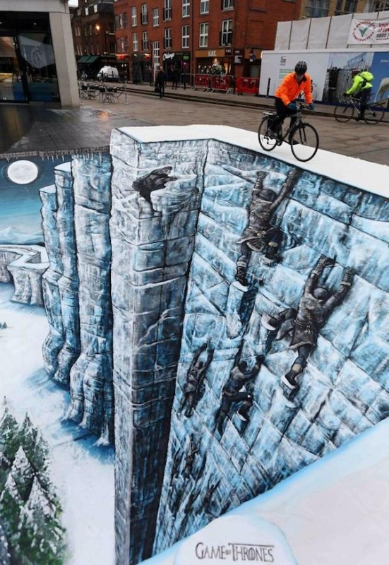 Unusual three-dimensional chalk drawings, amazing art, picture