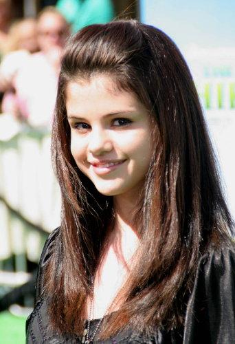 Pictures of Selena Gomez 1
