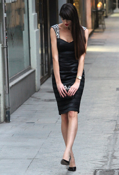 Fashionable black dress, fashion, outfits, female, pics
