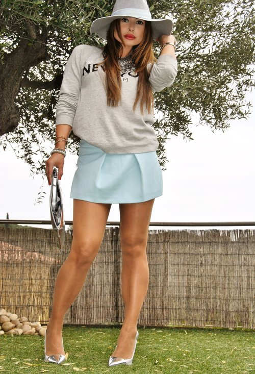 Fashionable street style, outfits, hat, woman, photoshoot