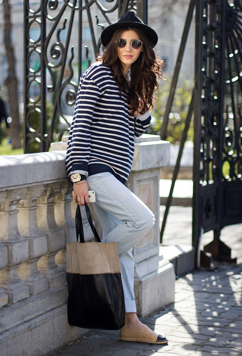 Fashionable street style, outfits, trendy hat, lady, image