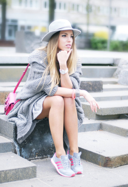 Nice model, trendy hat, fashion, outfits, lady, image