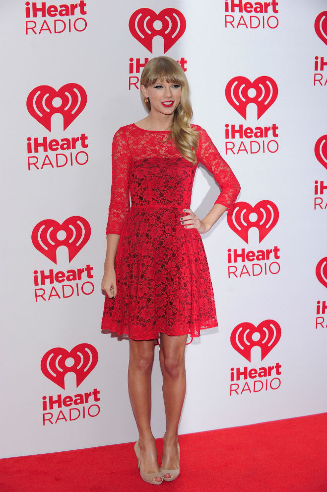 taylor swift dresses 2