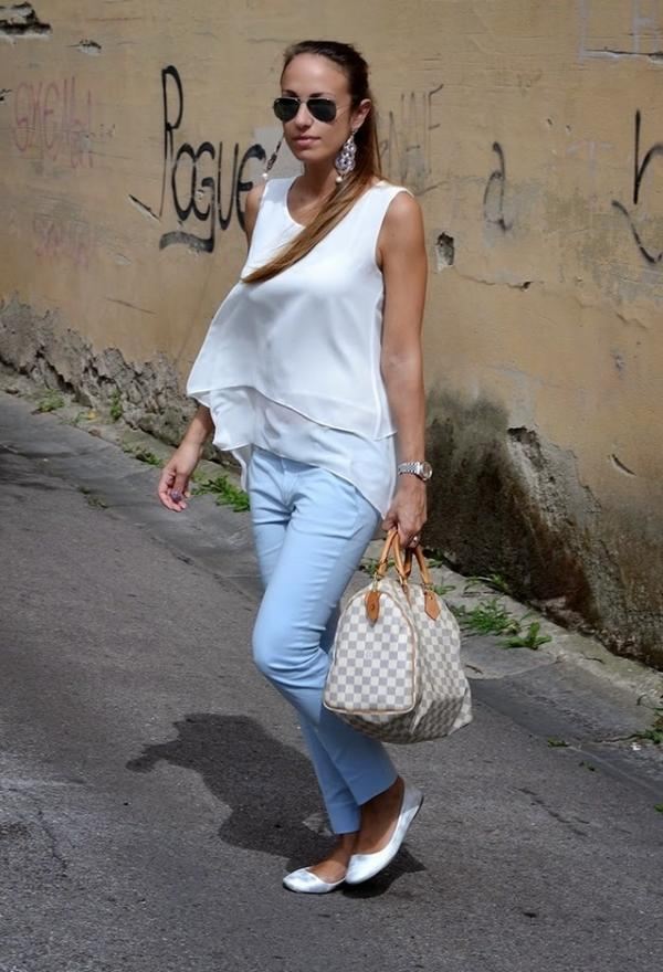 Cute white shirt for woman