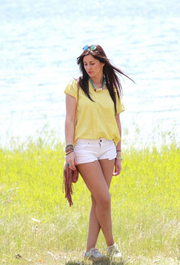 Cute yellow shirt for girls