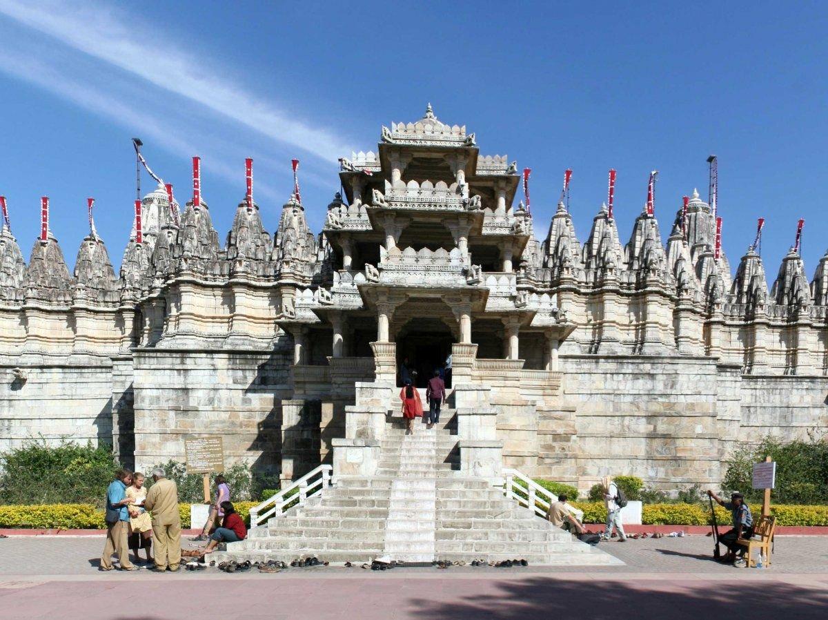 Marble temple Jain in Ranakpur, India