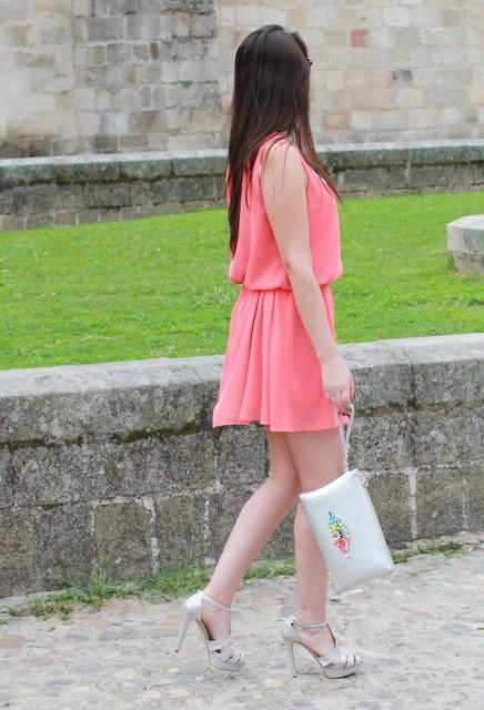 Amazing white bag for girl