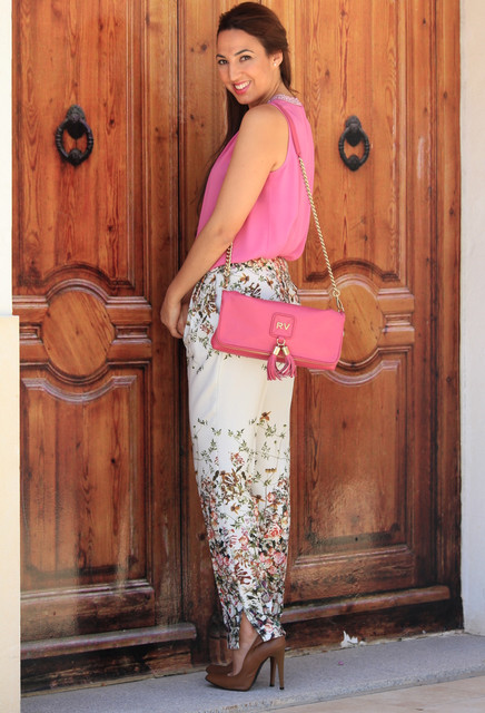 Beautiful pink bag for girl