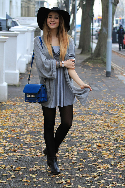 Fashionable blue bag for lady
