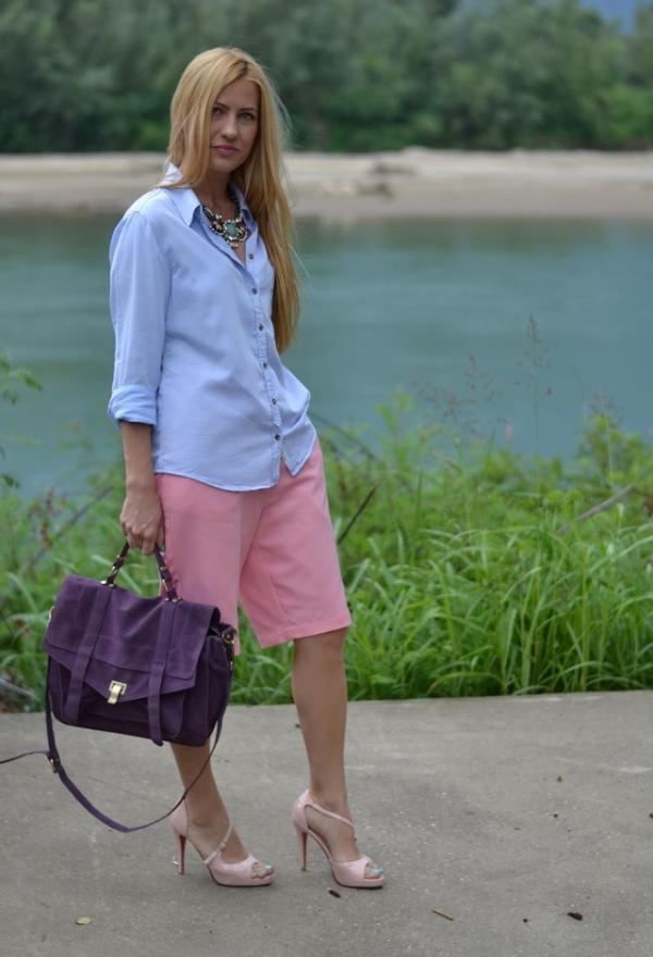 Fashionable purple bag for woman