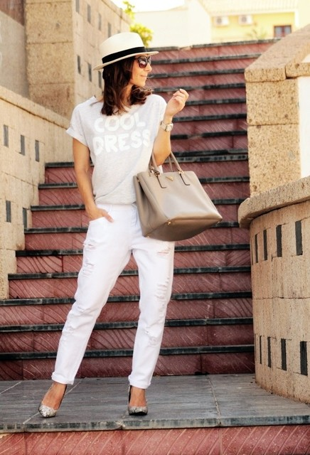Stylish and trendy brown bag for pretty lady