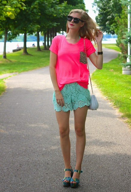 Stylish pink shirt for lady