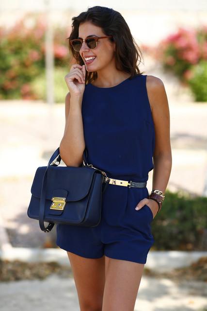 Trendy blue bag for girls
