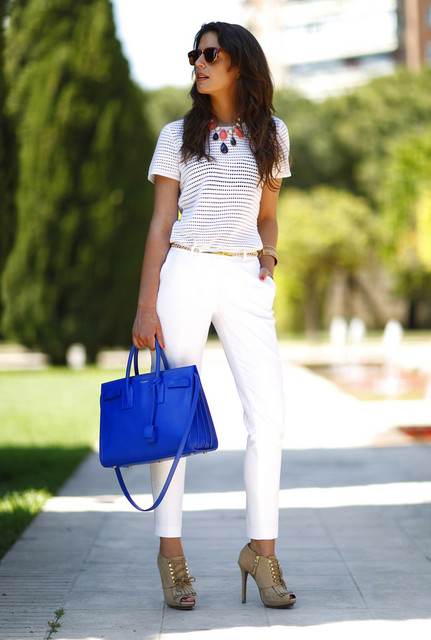 Trendy blue bag for lady