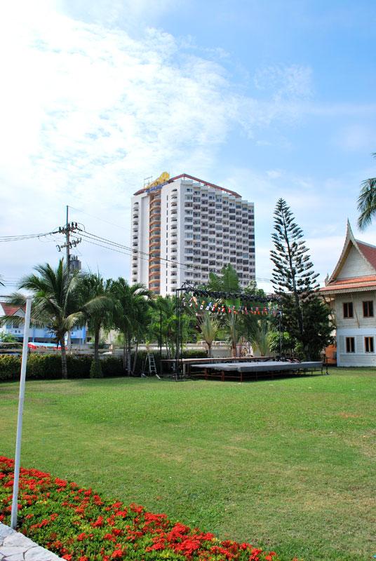 Thai resort of Cha-Am 1
