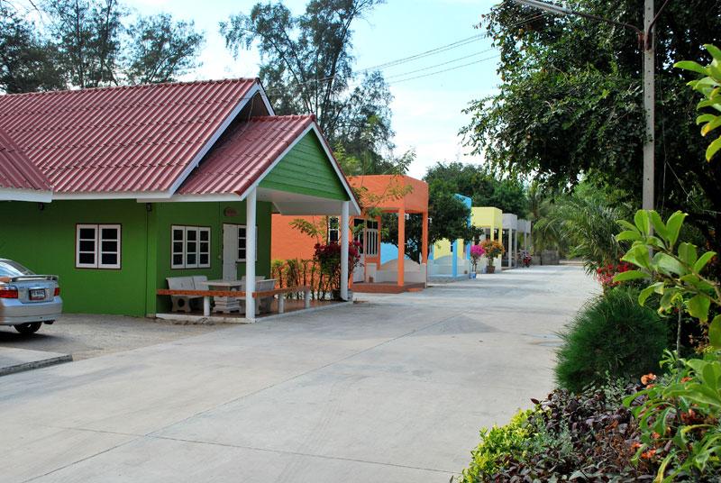 Thai resort of Cha-Am 3
