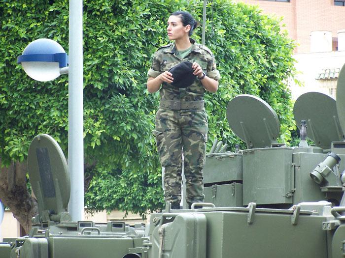Women in military uniform, Spain