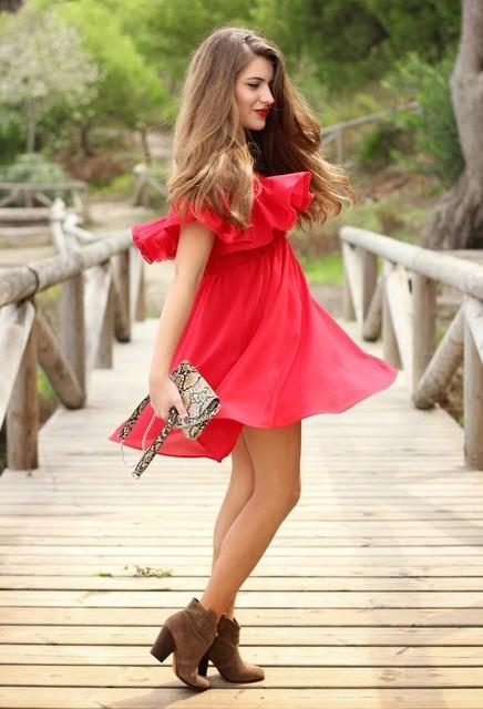 Red trendy female dress 4