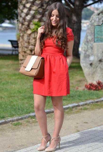 Red trendy female dress 5