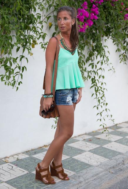Stylish green female blouses 3