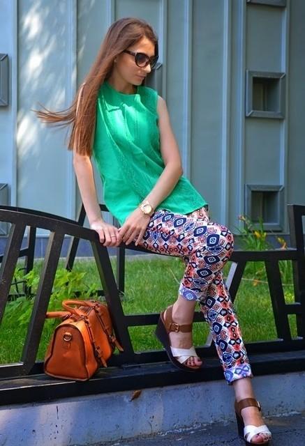 Stylish green female blouses 4