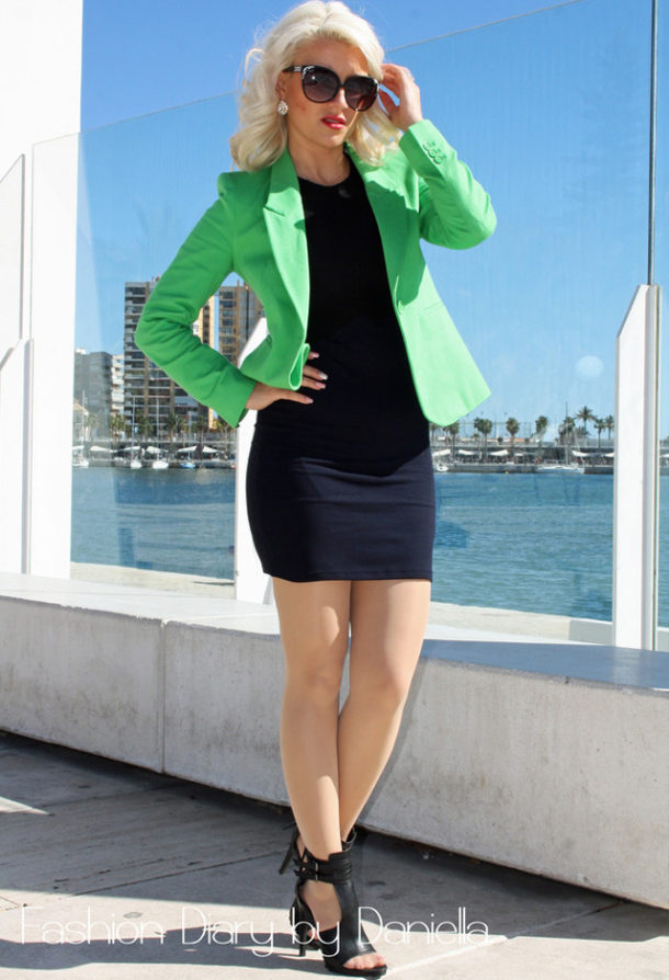 Stylish green female jackets 4