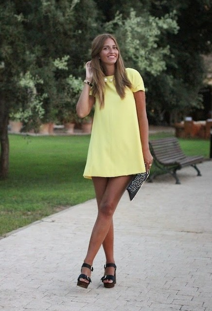 Trendy yellow dresses 3